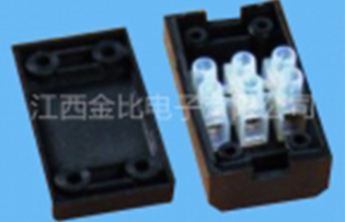 PA8 104 230 3位接线盒
